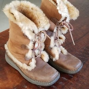 Womens BORN Shearling Brown Fur Snow Boots